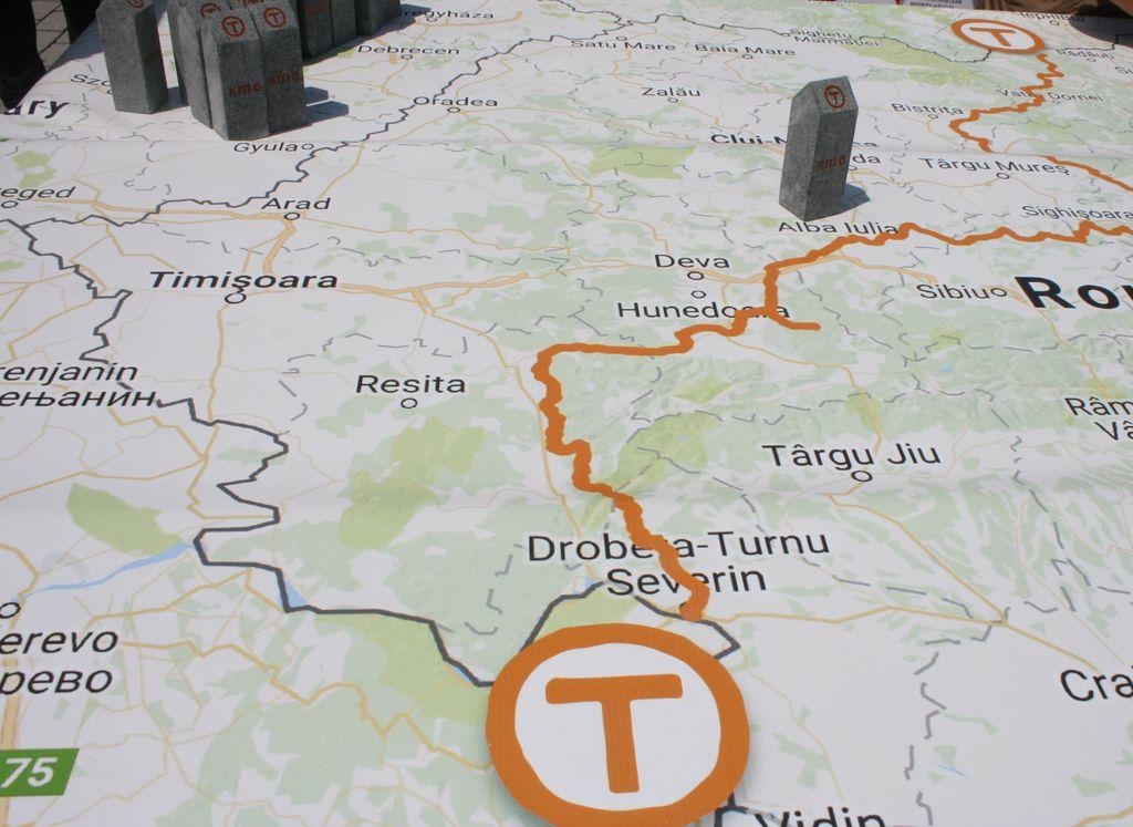Via Transilvanica, in Bucovina. Piatra de hotar simbolica ...  |Via Transilvanica